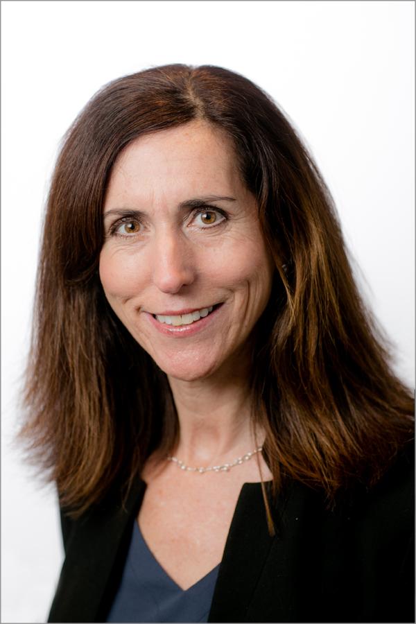 Deanna Bamford, CEBS, CPFA